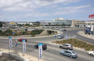 Using a roundabout intersection in Cyprus can be a challenge if basic rules are not followed