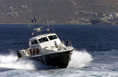 The rescue effort was carried out by the Hellenic Coast Guard