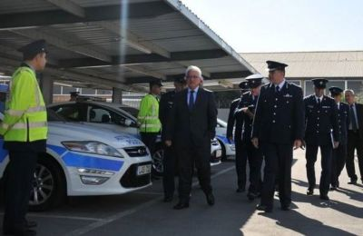 Smart police cars on Cyprus roads could be scanning for a lot more than just stolen vehicles and arrest warrants