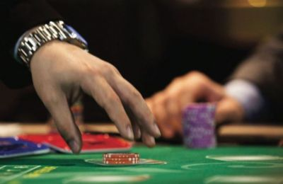 Limassol casino dealer arrested after cameras showed he cheated for a client who got away with €5800