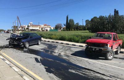 A Syrian man died instantly Monday morning as two vehicles collided on a local Larnaca highway