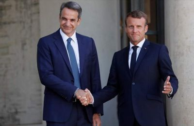 Greek PM meeting with Macron in Paris