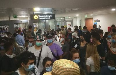 Cypriot minister speaks out after viral images show passengers crowding each other at airport
