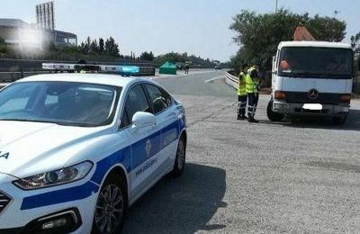 Late fees for vehicle owners after deadline and citations on the spot for road tax violators in Cyprus